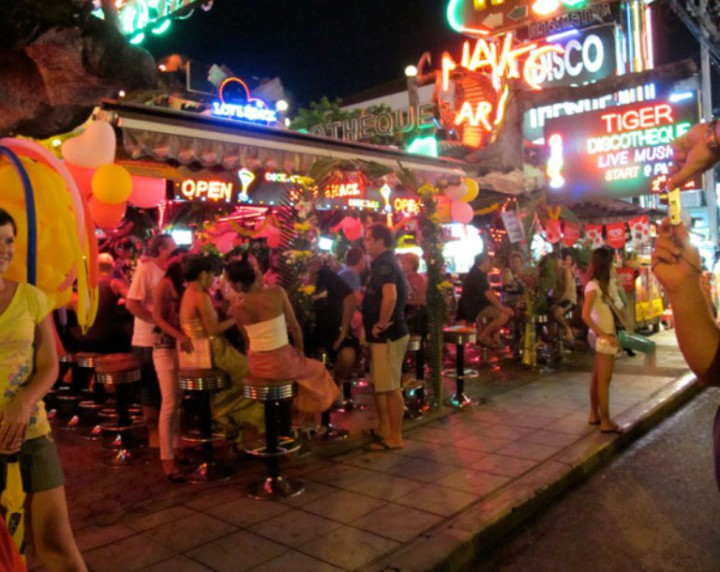 patong night