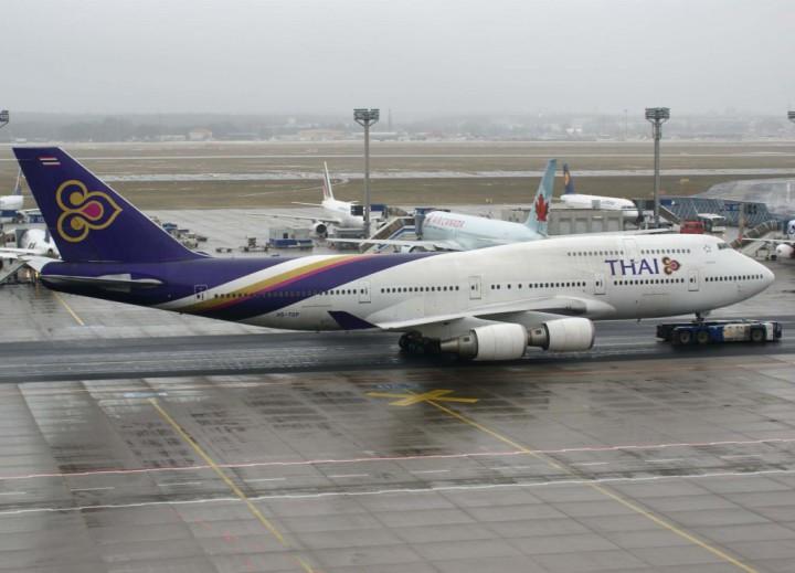 phuket airport thai-airways-international