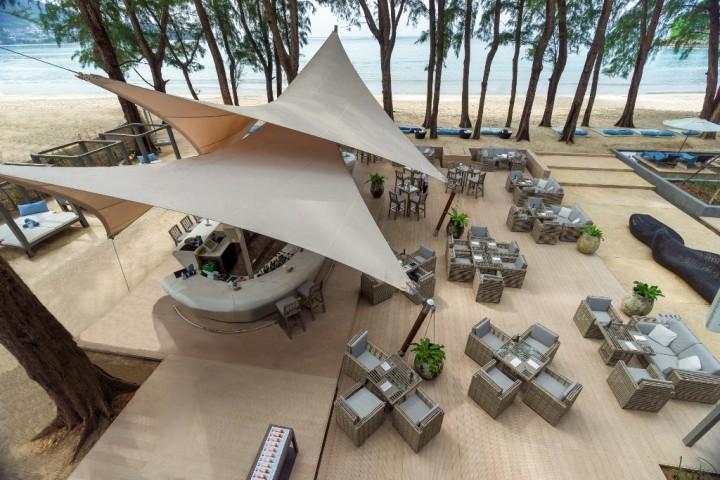 Club HQ Beach Lounge