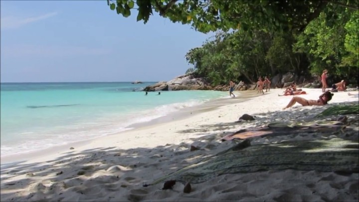 pattaya beach on ko lipe